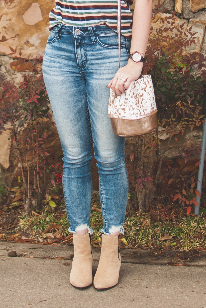 American Eagle denim jeggings and JORD wooden watch